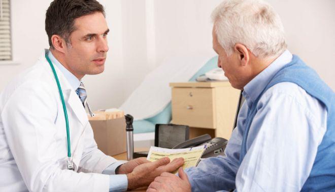 """Foto: """"Sănătatea nu este un bun comercial, ci dreptul oricărui cetăţean care plăteşte taxe"""""""
