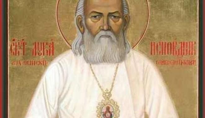 Foto: Moaştele Sf. Luca al Crimeei ajung la Constanţa
