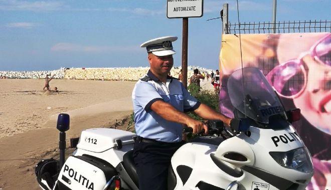 Foto: Vacanţă fără probleme! Sfaturi de la poliţişti pentru turiştii aflaţi pe litoral
