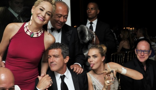 Antonio Banderas și Sharon Stone sunt împreună - sharonstoneantoniobanderas-1403765806.jpg