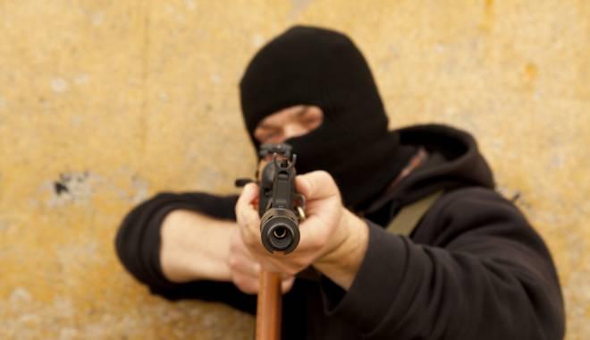 Foto: Șeful EUROPOL, AVERTISMENT DUR. Ce le dă teroriştilor apă la moară