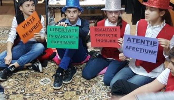 Foto: Şi elevii din Medgidia cunosc drepturile omului