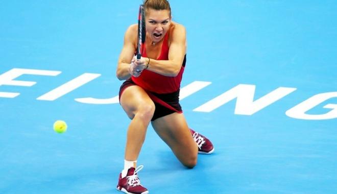 Foto: Simona Halep a zdrobit-o pe Kasatkina şi e în semifinale la Beijing