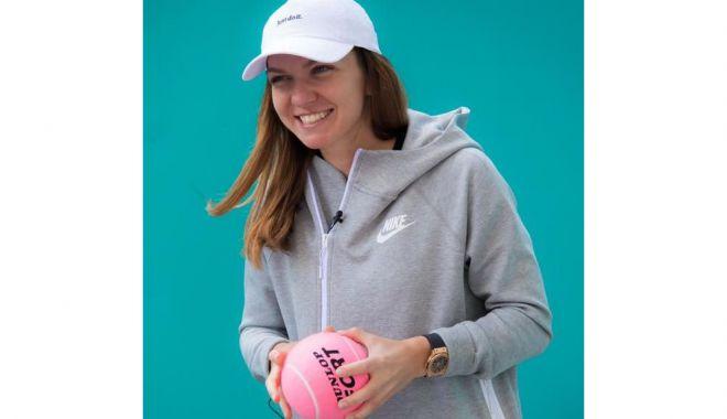 Simona Halep, antrenament dedicat fanilor, înainte de plecarea spre Australia - simona-1609787829.jpg