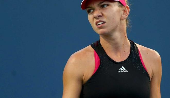 Foto: Simona Halep, eliminată prematur din turneul de la Wuhan