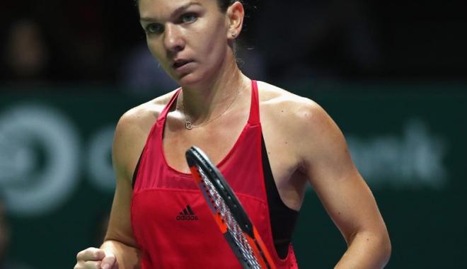 Simona Halep o înfruntă pe Caroline Wozniacki - simonahalep-1508863629.jpg