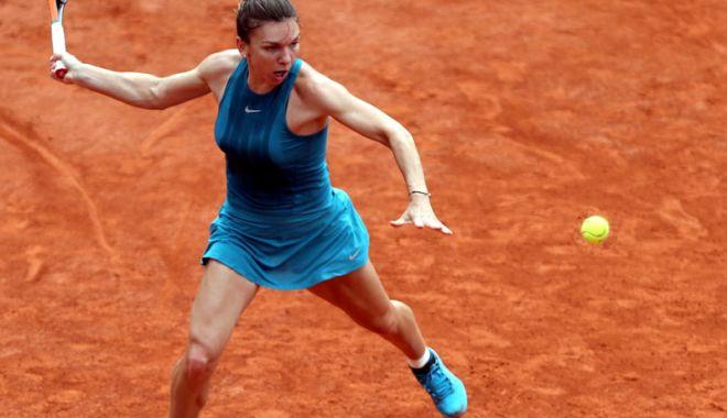 Foto: Victorie la pas pentru Simona Halep, în optimile de la Roland Garros