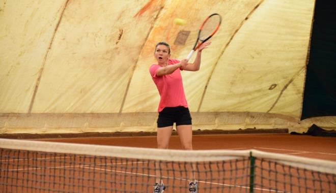 Foto: Simona Halep, primul antrenament la Tenis Club Idu Mamaia