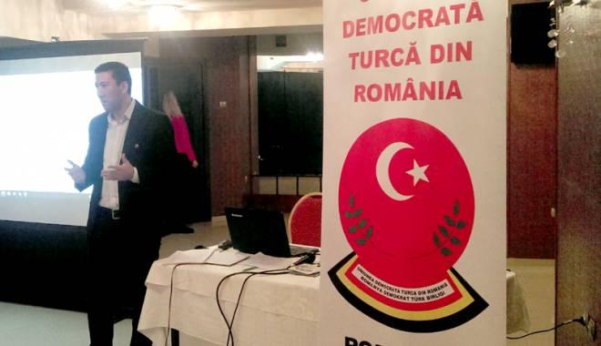 Foto: Comunitatea musulmană l-a sărbătorit pe întemeietorul Turciei moderne