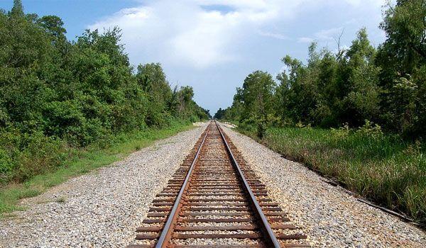Foto: Un tânăr de 18 ani, călcat de tren! Băiatul vorbea la telefon în momentul impactului