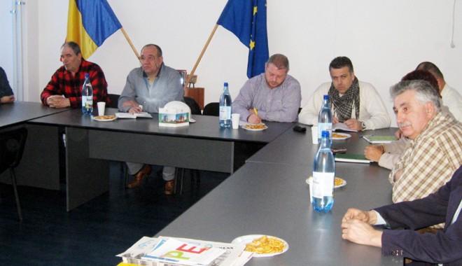 """Foto: BNS şi Cartel Alfa trec prin """"chinurile"""" fuziunii"""