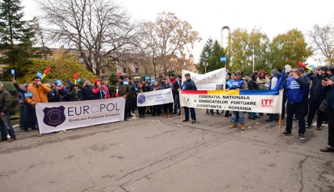 Sindicatele acuză haosul din negocierile salariale impuse de Guvernul Tudose - sindicatele4-1513181139.jpg