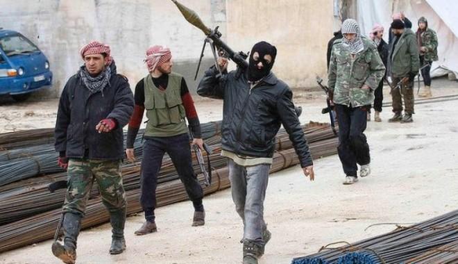 Foto: Cel puţin 45 de morţi într-un asalt al armatei în sudul Siriei