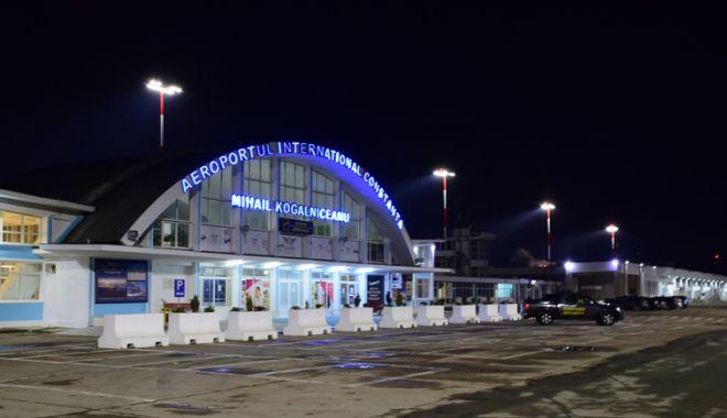 Foto: Sistem modernizat de iluminat,  la Aeroportul Internațional  Mihail Kogălniceanu