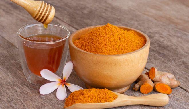 Sfatul specialistului - Stimulați-vă sistemul imunitar cu turmeric și miere! - sistemimunitar-1623349783.jpg