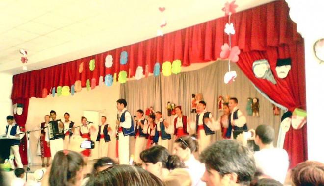 Foto: Cine a participat  la festivalul  de la Cuza Vodă
