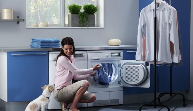 Foto: Sfaturi pentru îngrijirea maşinii de spălat rufe