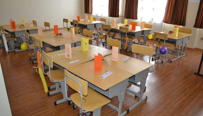 Foto: Situaţie fără precedent la Şcoala nr. 1 Siliştea. Noul director, demis de consiliul profesoral