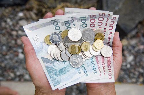Foto: Află care sunt cele mai murdare bancnote din Europa