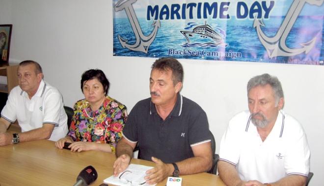 """Foto: SLN şi Universitatea Maritimă din Constanţa lansează proiectul """"Cadetul român"""""""