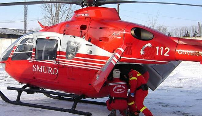 Foto: Turiști surprinși de o avalanșă la Bâlea Lac. Un elicopter SMURD intervine