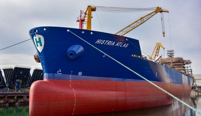 """Foto: SNC a lansat la apă tancul de produse petroliere și chimice """"Histria Atlas"""""""
