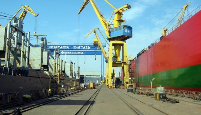 Foto: Şantierul Naval Constanţa - cea mai profitabilă unitate din industria navală românească, în anul 2016