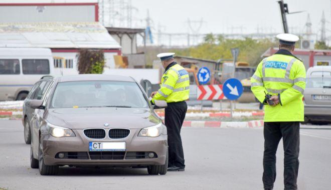 Foto: Şoferi prinși pe picior greşit! Printre ei, o puştoaică de 16 ani, la volan fără permis
