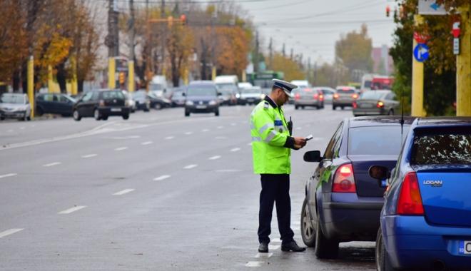 Foto: Poliţia Rutieră Constanţa, în acţiune. Şoferii penali, traşi pe dreapta