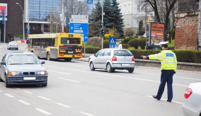 Foto: Şoferii care circulă fără rovinietă ar putea să scape de amendă