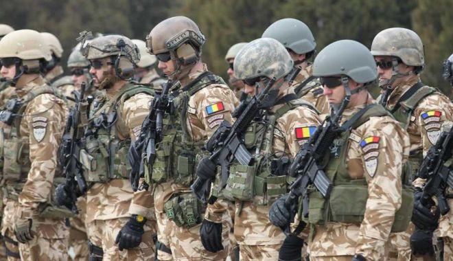 """Foto: """"De ce nu sunt promovaţi soldaţii profesionişti?"""" Bine că avem mii de generali şi amirali cu pensii…"""