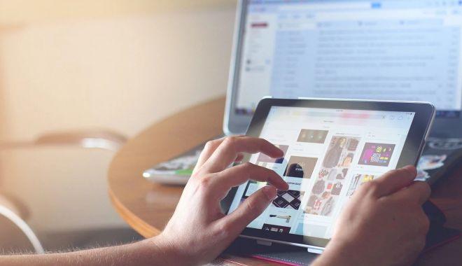 Solicitările de tablete electronice depășesc bugetul alocat - solicitariledetableteelectronice-1605455502.jpg