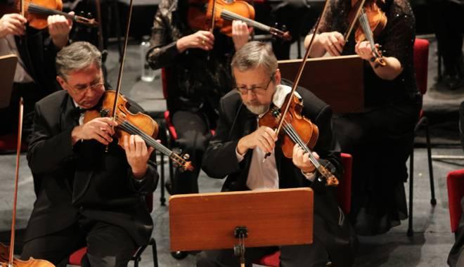 Foto: Solişti din Grecia şi Statele Unite,  la Teatrul de Operă şi Balet