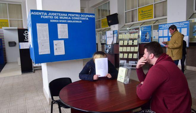 Cei mai mulţi şomeri angajaţi au peste 45 de ani - someriangajati1-1619468223.jpg