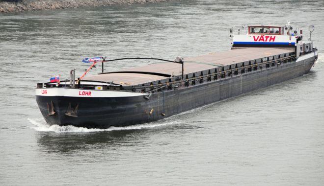 """Foto: """"Sora"""" noastră Bulgaria  boicotează transportul pe Dunăre  și prin portul Constanța"""