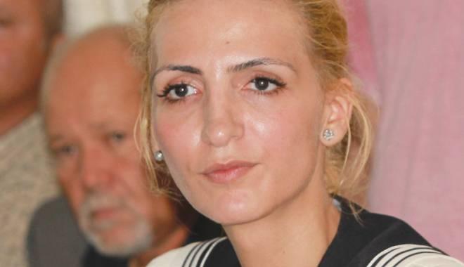 Sorina Tușa, tânăra avocată plasată de Blaga la vârful PNL Constanța - sorinatusatanaraavocata-1428245052.jpg