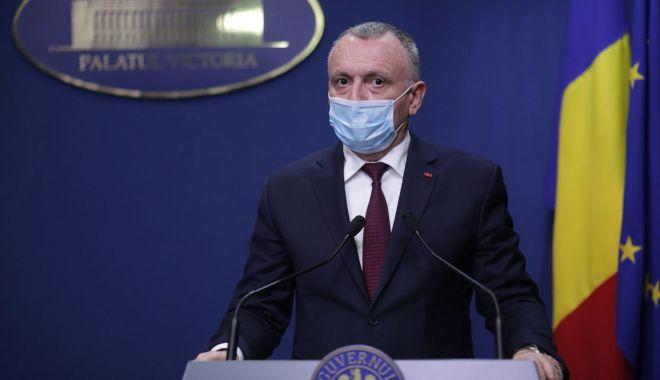 Sorin Cîmpeanu cere reanalizarea obligativităţii purtării măștilor de protecție la orele de sport - sorincimpeanu-1614707055.jpg
