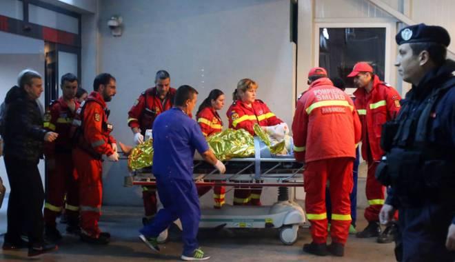 Foto: Specialiştii MedLife consiliază gratuit victimele incendiului din Bucureşti