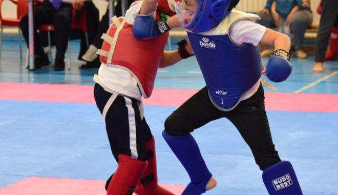 Foto: Spectacol total, la Naţionalele de Kung Fu