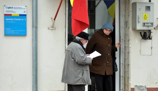 Foto: Trei taxe locale pe care, de-acum, le poţi plăti la SPIT