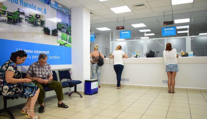Foto: Agenţie fiscală în centrul comercial Tom, pentru locuitorii din zona de nord a Constanţei