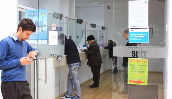 Foto: SPIT. Agenţia fiscală din cartierul Palazu Mare, închisă. Iată când