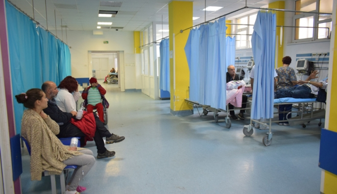 Foto: Peste 100 de constănţeni internaţi în spital,  în doar 24 de ore