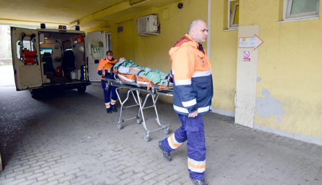 Foto: Peste 1.000 de constănţeni au ajuns la spital