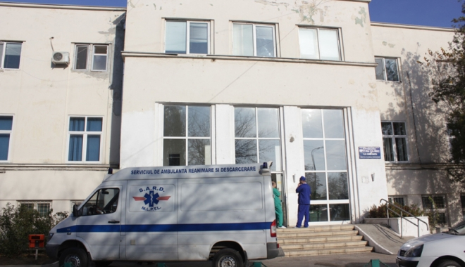 Dezastru la Spitalul CF Port. Bolnavii vin cu sacoșa de medicamente și mâncare de acasă - spitalcfrportsediu1-1503331442.jpg