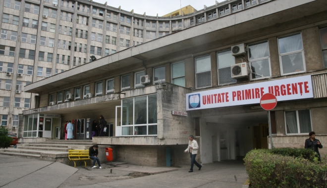 Peste o mie de pacienţi au ajuns în week-end, la Urgenţă - spitaluljudetean32-1490015520.jpg
