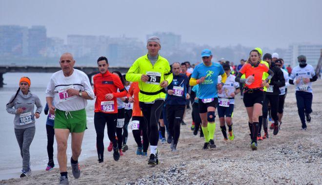 Foto: Sport, sănătate şi istorie, la Maratonul Nisipului