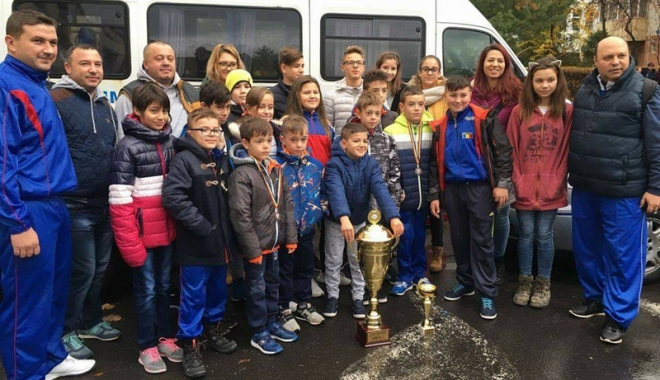 Foto: Sportivii de la CSC  Mihail Kogălniceanu au câştigat Cupa României la taekwondo