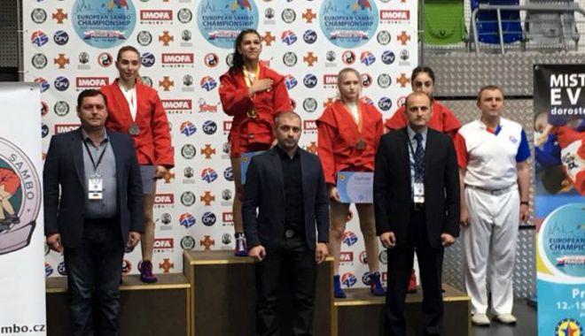 Foto: Sportivă de la CS Farul, campioană europeană la sambo