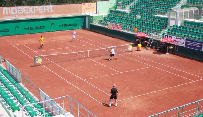 Foto: Sportivii de la Tenis Club Idu se pregătesc conștiincios